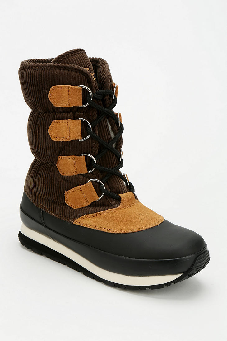 outfitters rubber duck corduroy trek boot in brown