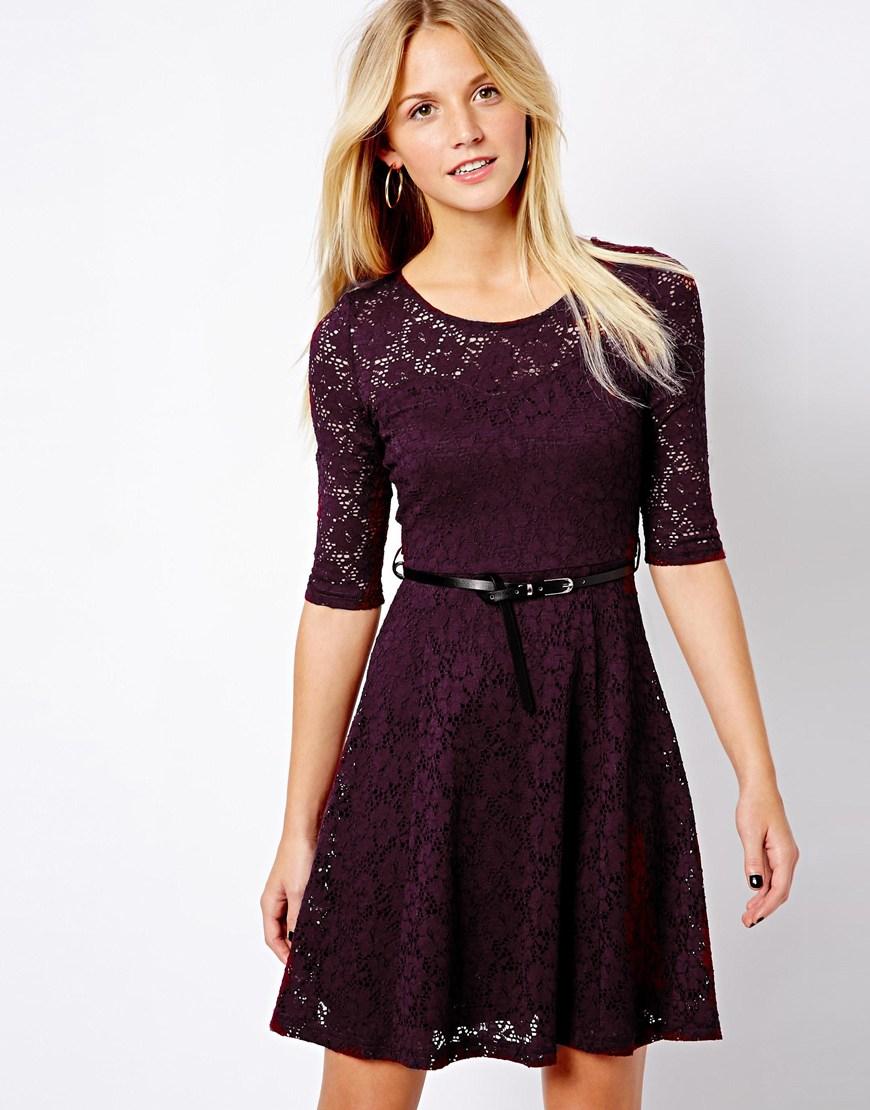Lavender Lace Dress Sleeve