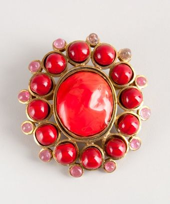 Chanel Coral Beaded Vintage Pin - Lyst