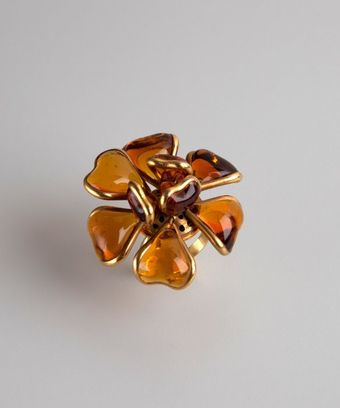 Chanel Amber Resin Flower Vintage Ring - Lyst