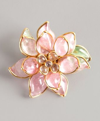 Chanel Pink Resin Vintage Flower Pin - Lyst