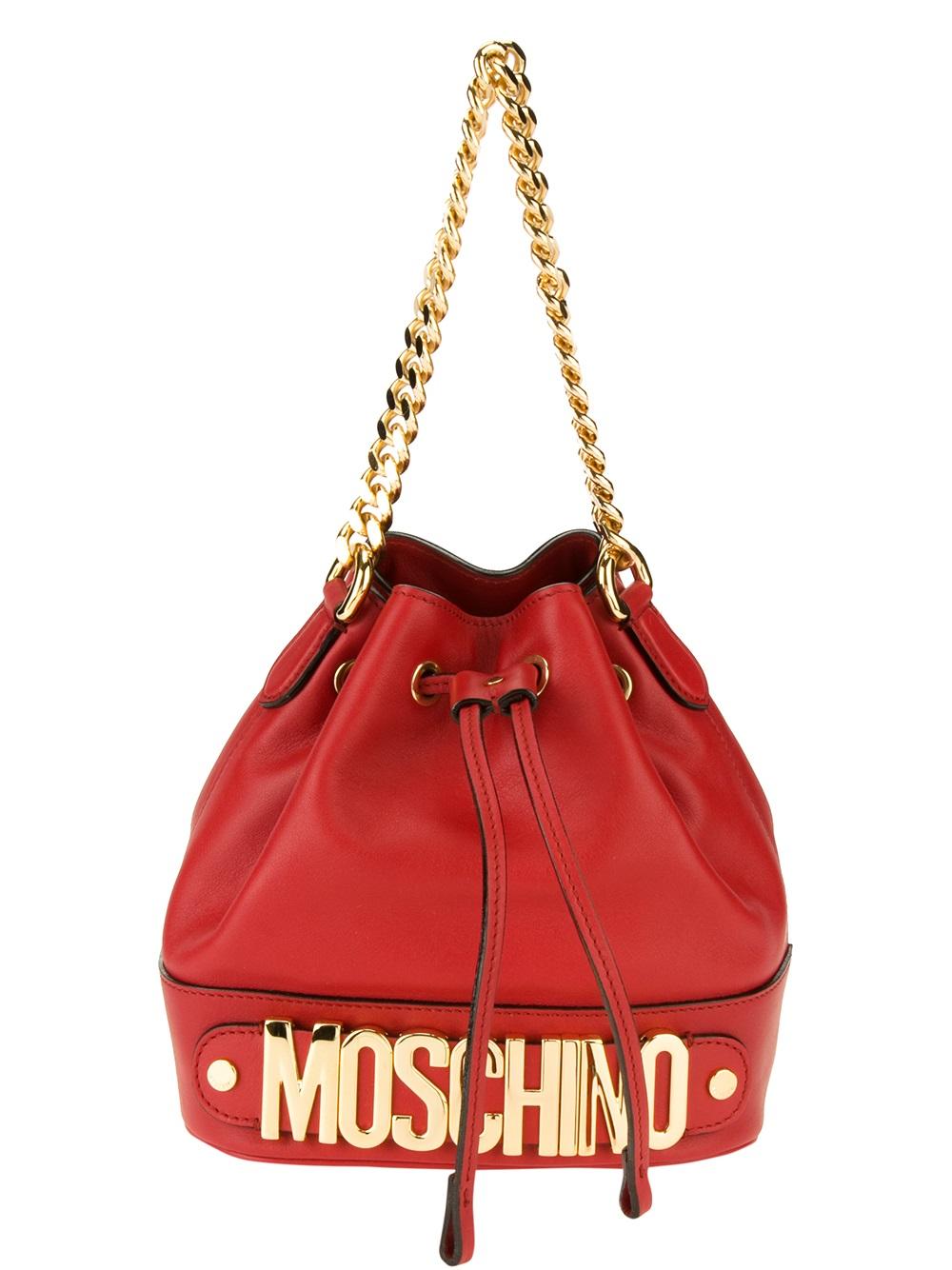 a9a1b664ed80a Moschino Logo Bucket Bag in Red - Lyst