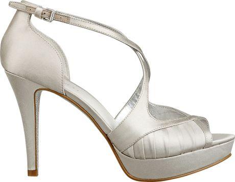 Nine West Bumblelion Sandal In Silver Silver Satin Lyst