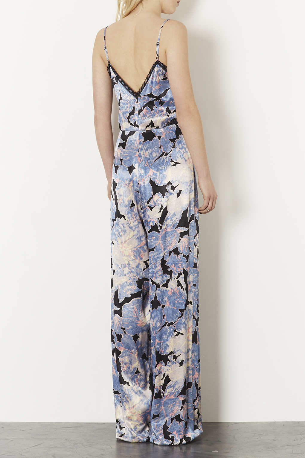 b8c5b390a10 Lyst - TOPSHOP Tall Strappy Printed Jumpsuit in Blue