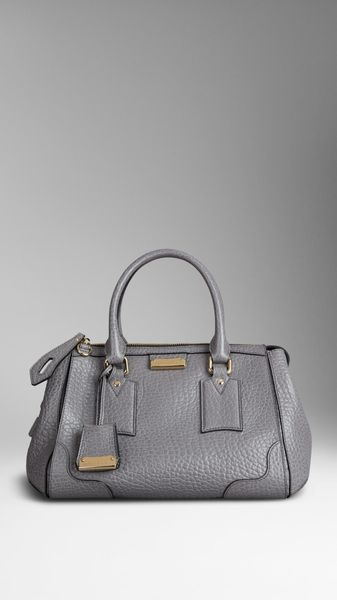 Burberry Small Heritage Grain Leather Tote Bag - Lyst