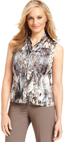 Tahari By Asl Sleeveless Printed Buttonfront Blouse - Lyst