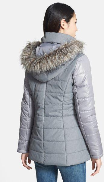 Kensie Colorblock Hooded Puffer Coat With Faux Fur Trim In