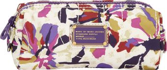 Marc By Marc Jacobs Sherwoodprint Pretty Nylon Narrow Cosmetic Case - Lyst