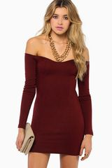 Tobi Day Off Shoulder Dress