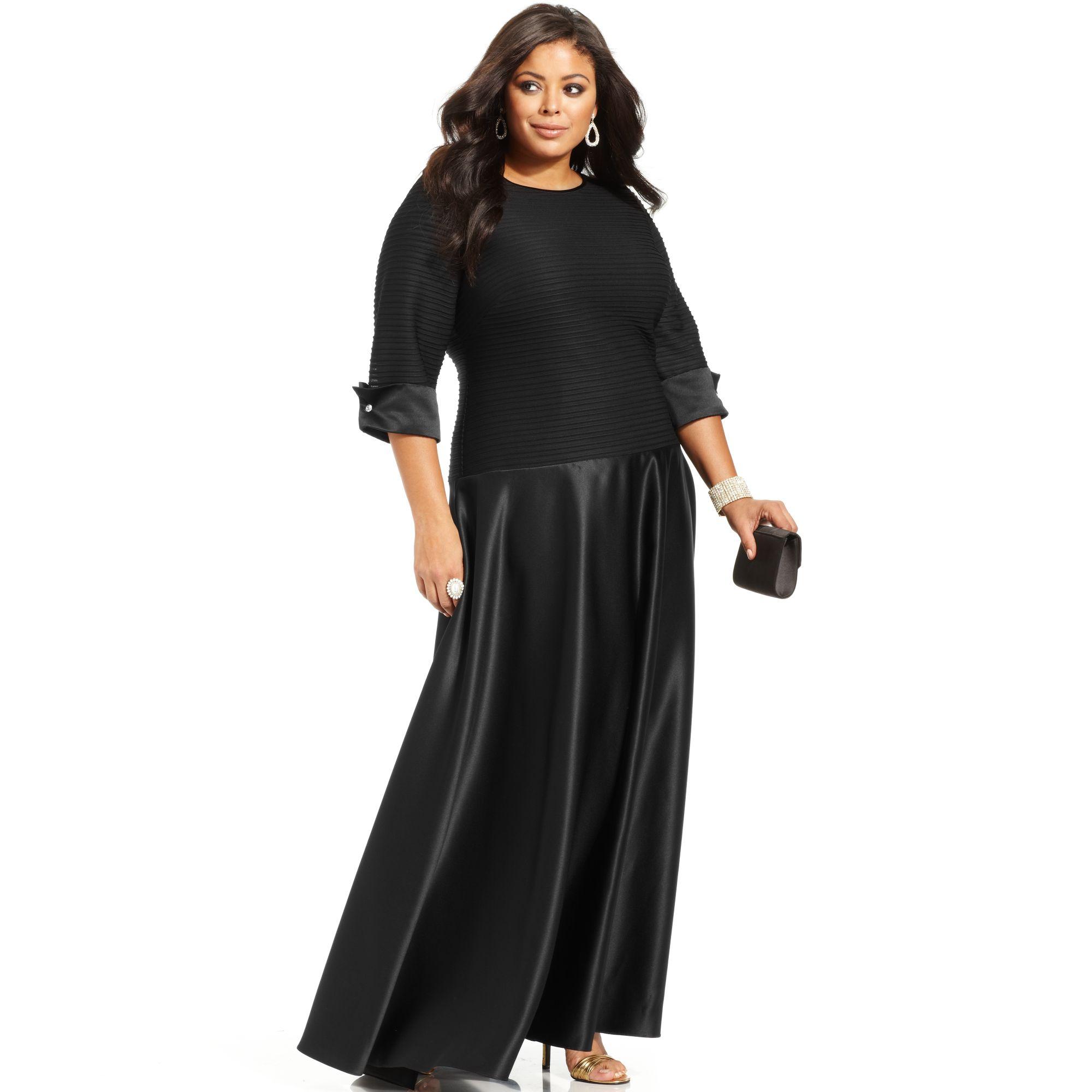 Xscape Plus Size Three Quarter Sleeve Shutter Pleat Gown in Black - Lyst