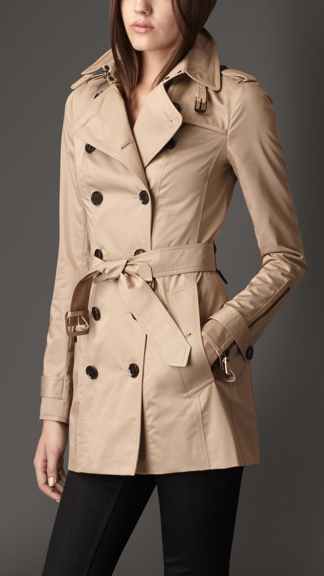 Burberry Short Double Sateen Trench Coat In Beige (dark