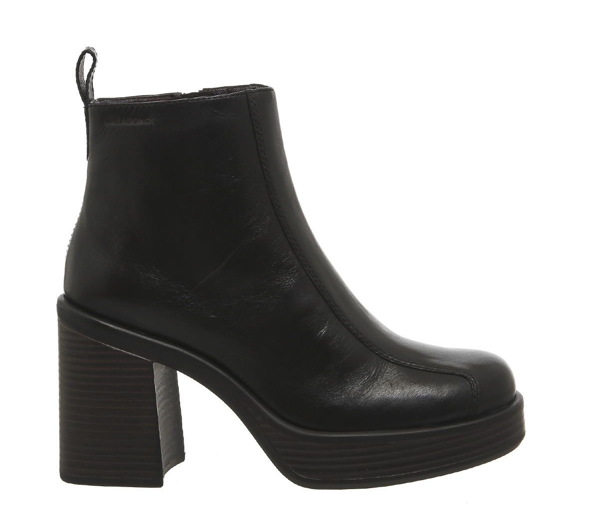 Vagabond Tyra Back Tab Boots in Black