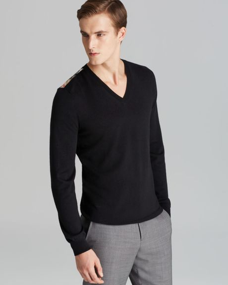 Shop for men's mens black v neck sweater online at Men's Wearhouse. Browse the latest mens black v neck sweater styles & selection from fishingrodde.cf, the leader in men's apparel. FREE Shipping on orders $99+!