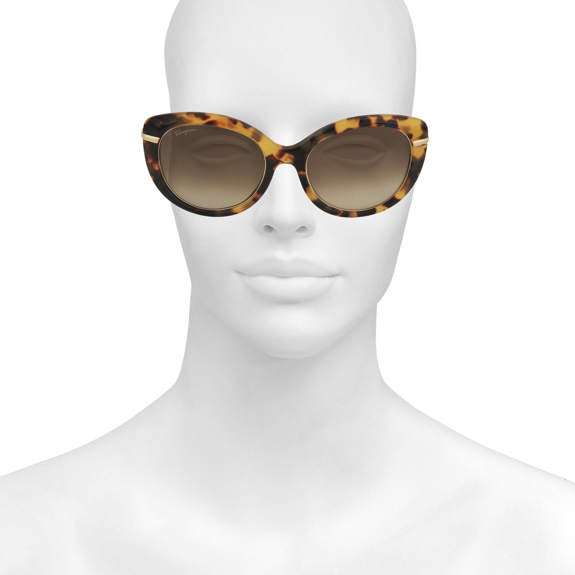 2de037468a0 Lyst - Ferragamo Sf724s Sunglasses in Brown
