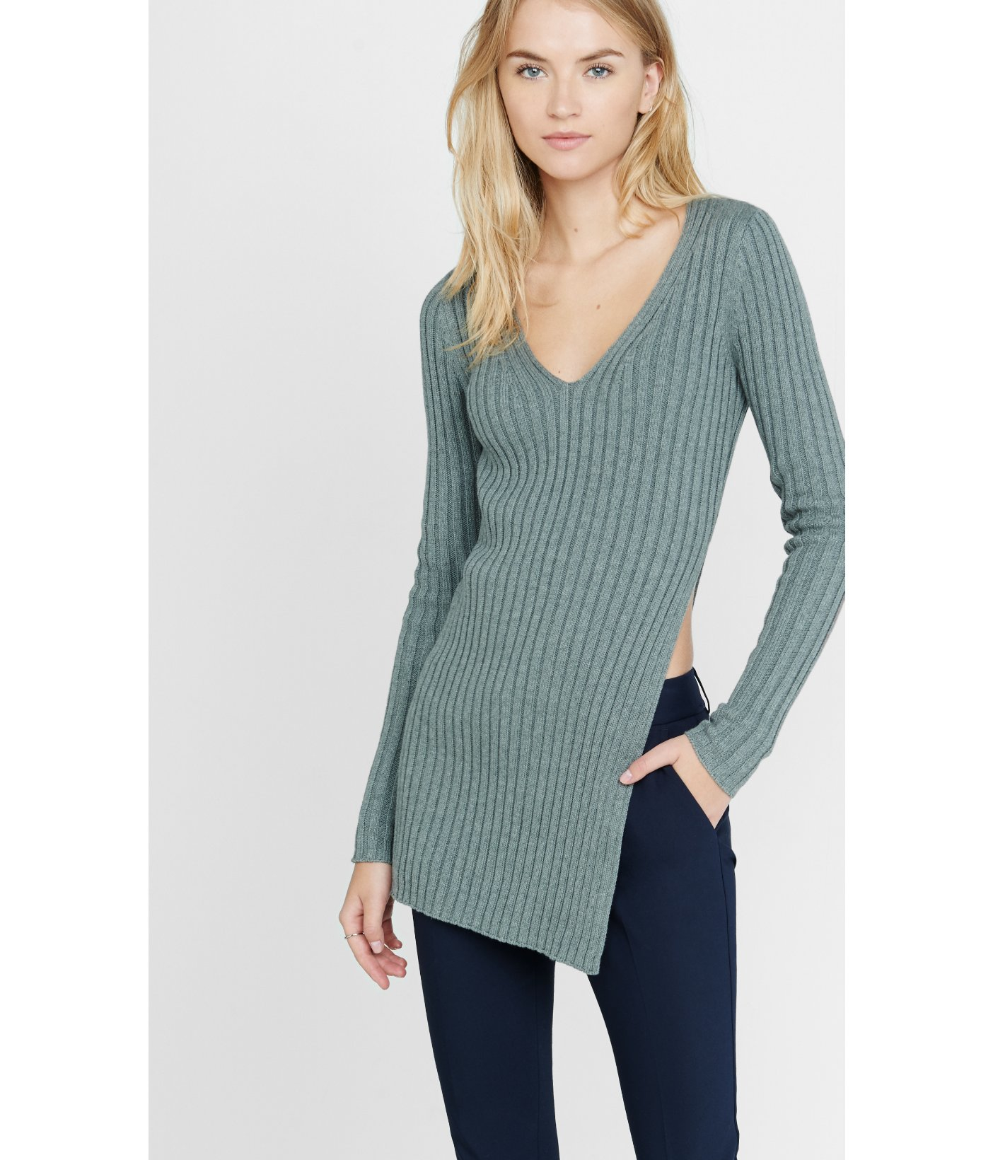Express Ribbed Deep V-neck High Slit Tunic Sweater in Gray | Lyst