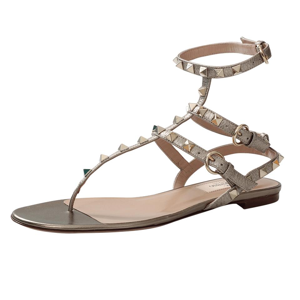 Valentino Rockstud Leather Sandals In Beige Alba Lyst