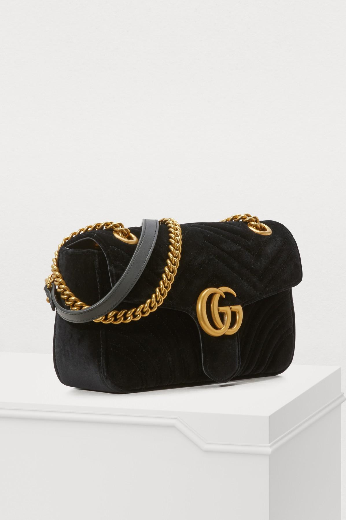 943c747f2a7 Gucci - Black Sac à épaule GG Marmont en velours - Lyst. Afficher en plein  écran
