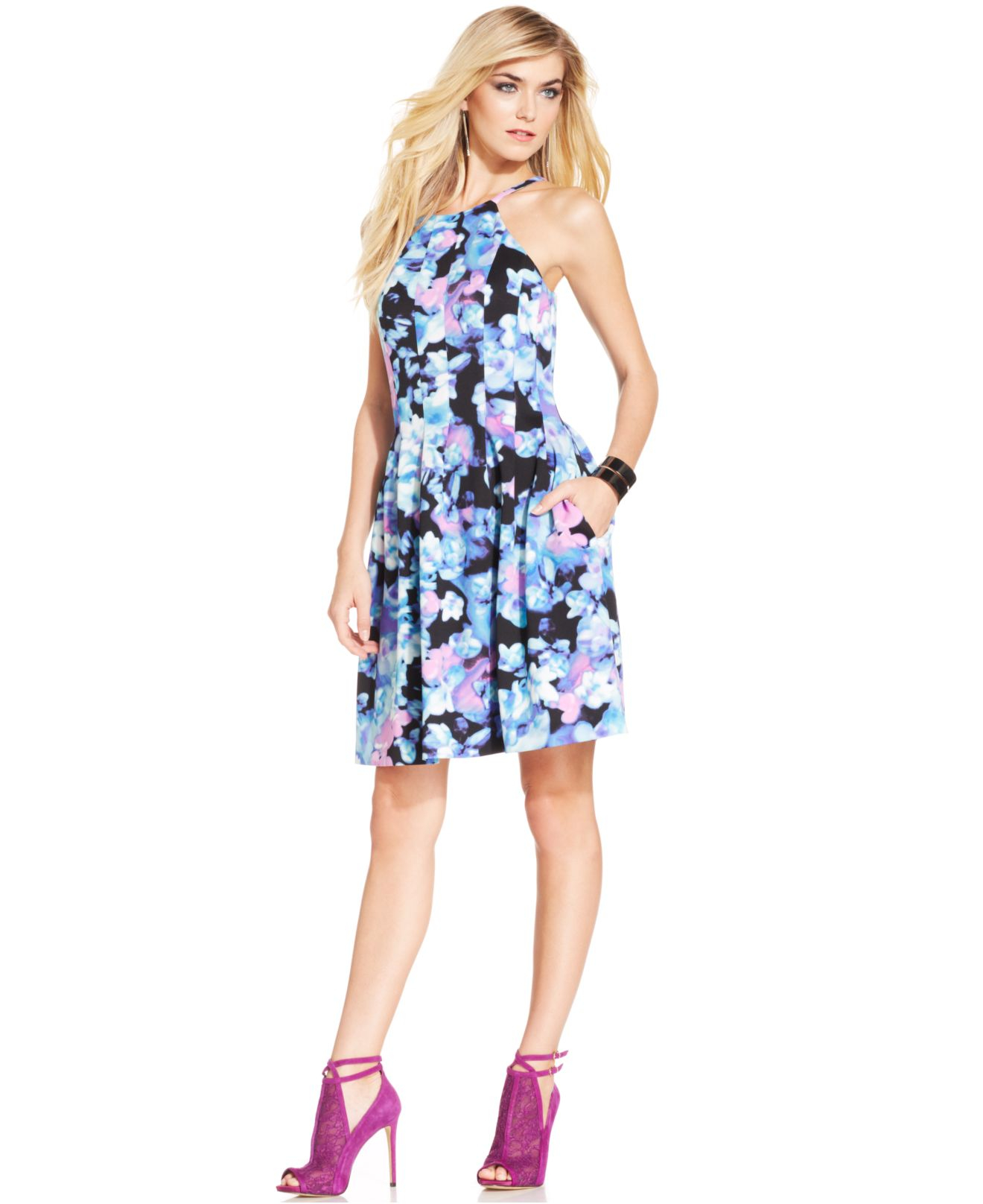 9285a15ff96 Vince Camuto Floral-Print Halter Scuba Dress - Lyst