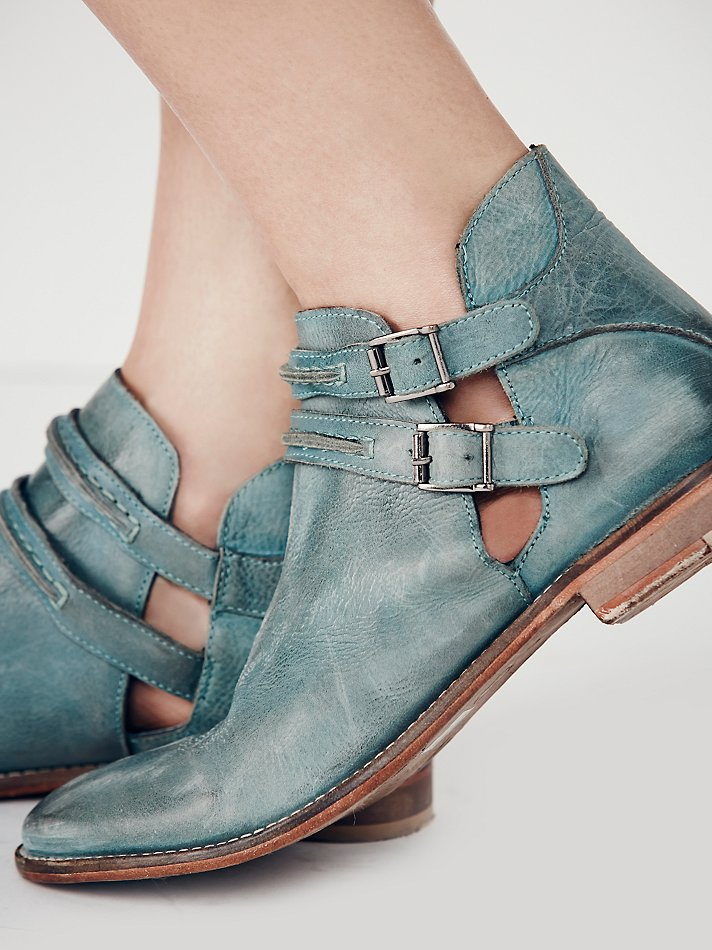 ace40763ebe9 Free People Braeburn Ankle Boot in Blue - Lyst