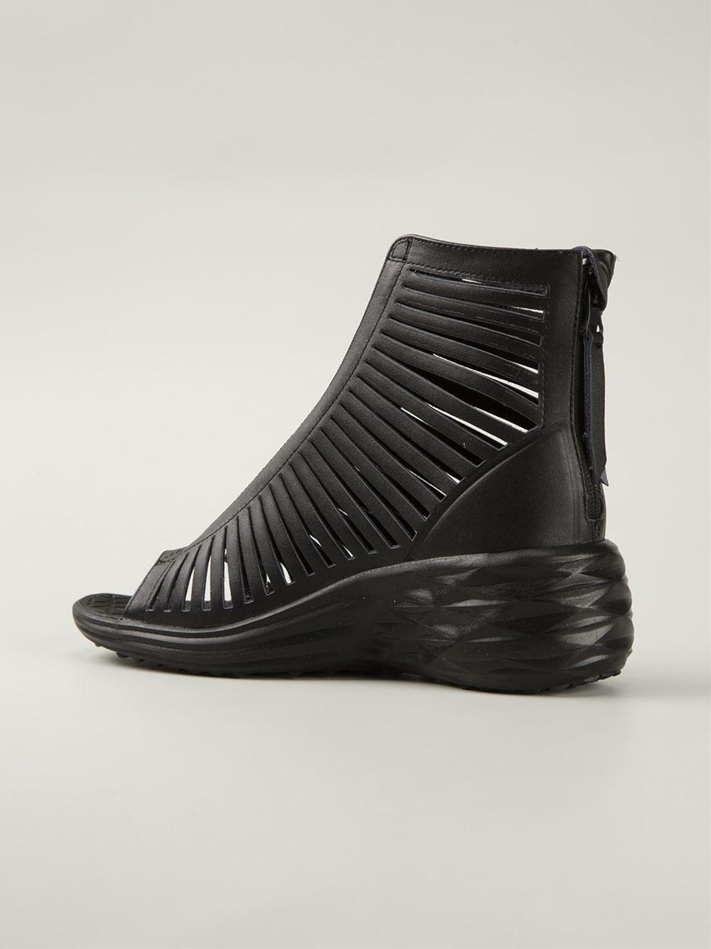 Lyst Nike Lunarsandiator Sandals In Black