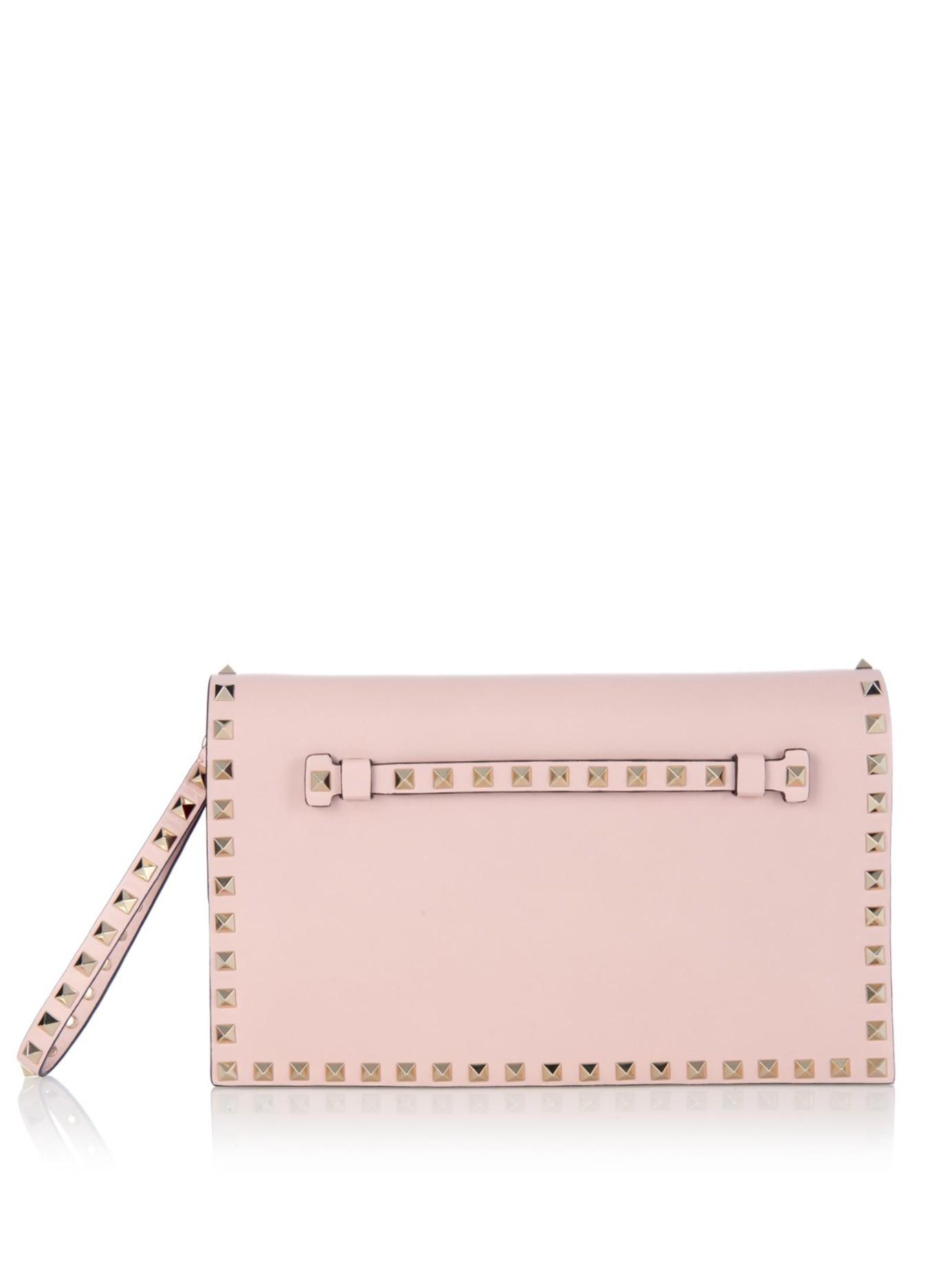 Valentino Garavani The Rockstud Leather Clutch - Baby pink Valentino huvN1ibZqn