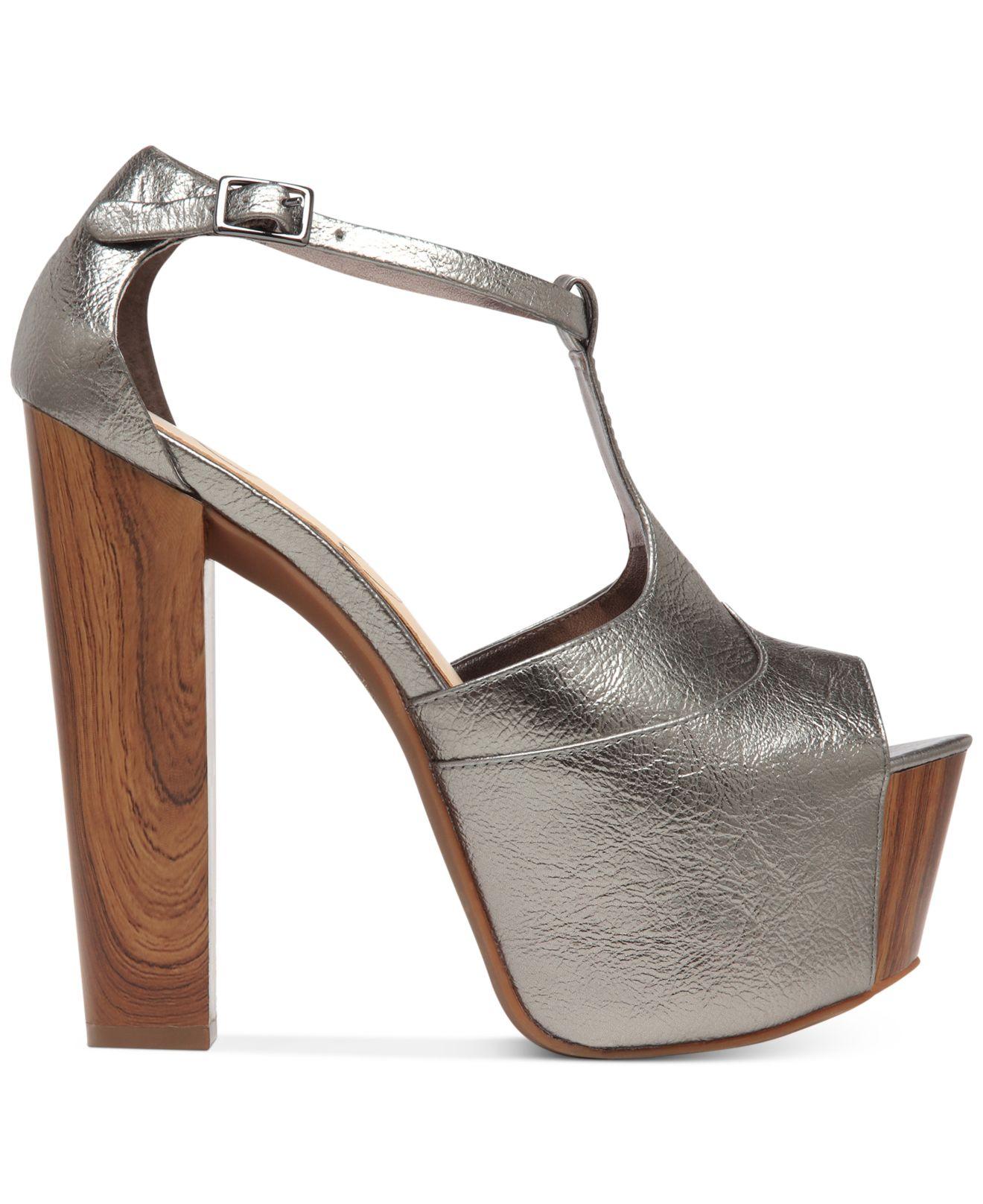 3665594c575 Lyst - Jessica Simpson Dany T-Strap Platform Sandals in Metallic