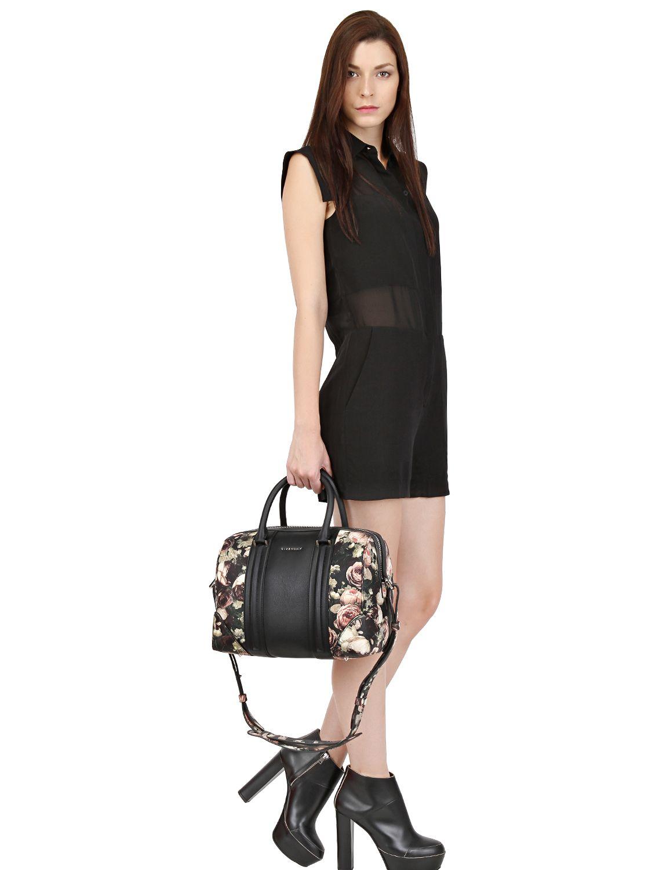 5fbb55b0be Lyst - Givenchy Lucrezia Medium Rose-Print Tote