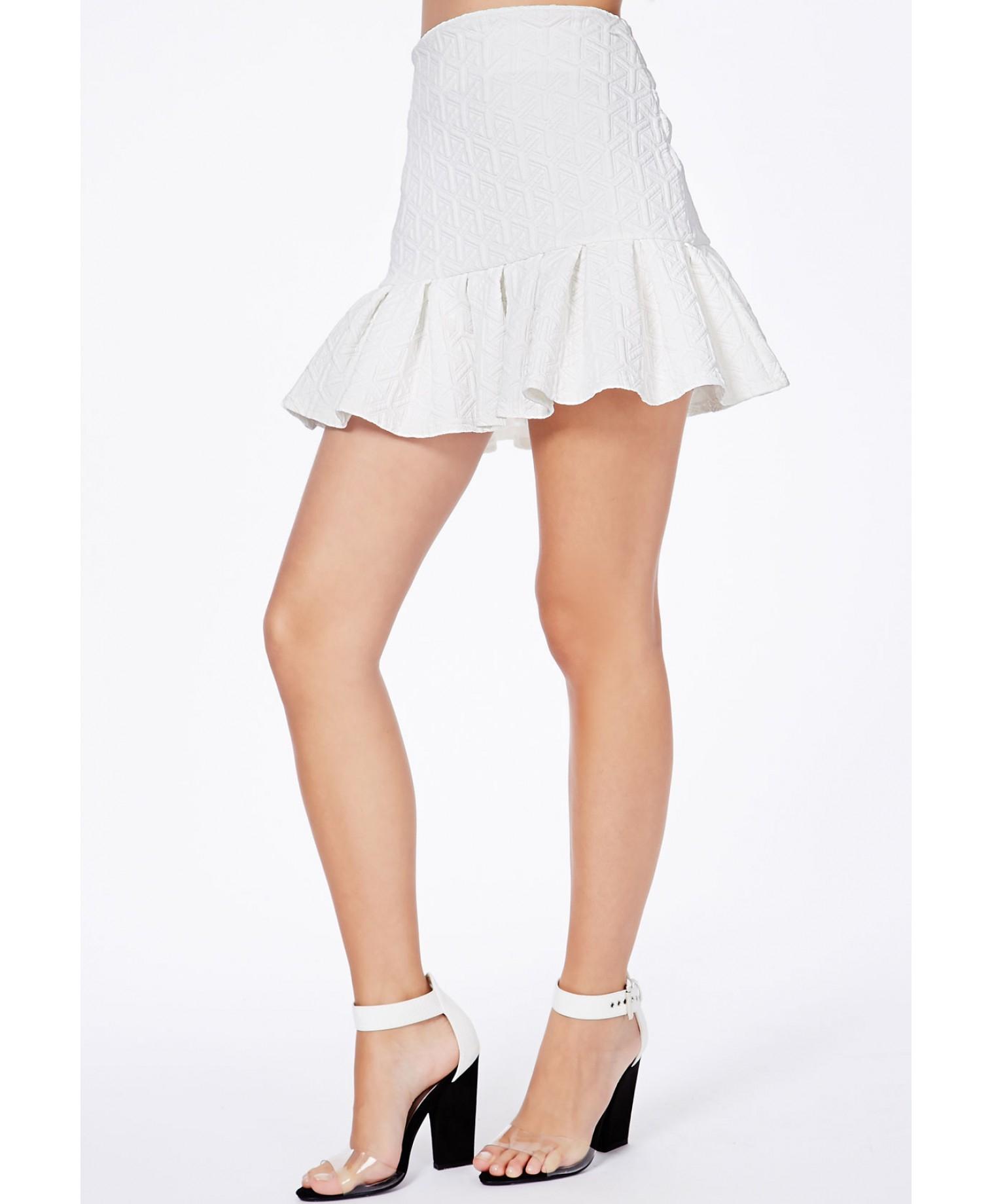 Missguided Mattie White Textured Pleated Mini Skirt in White   Lyst