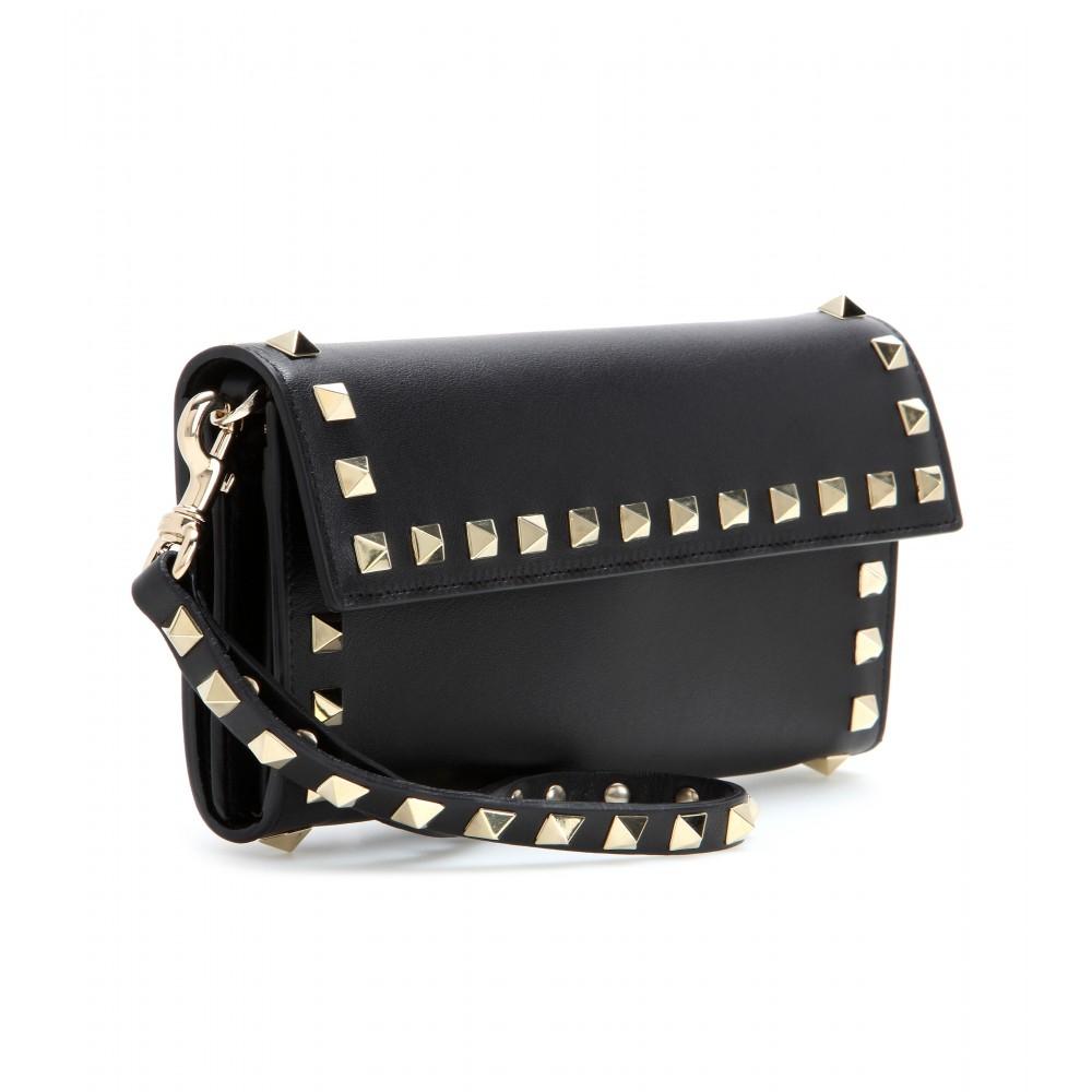 Valentino Rockstud Leather Wallet in Black - Lyst