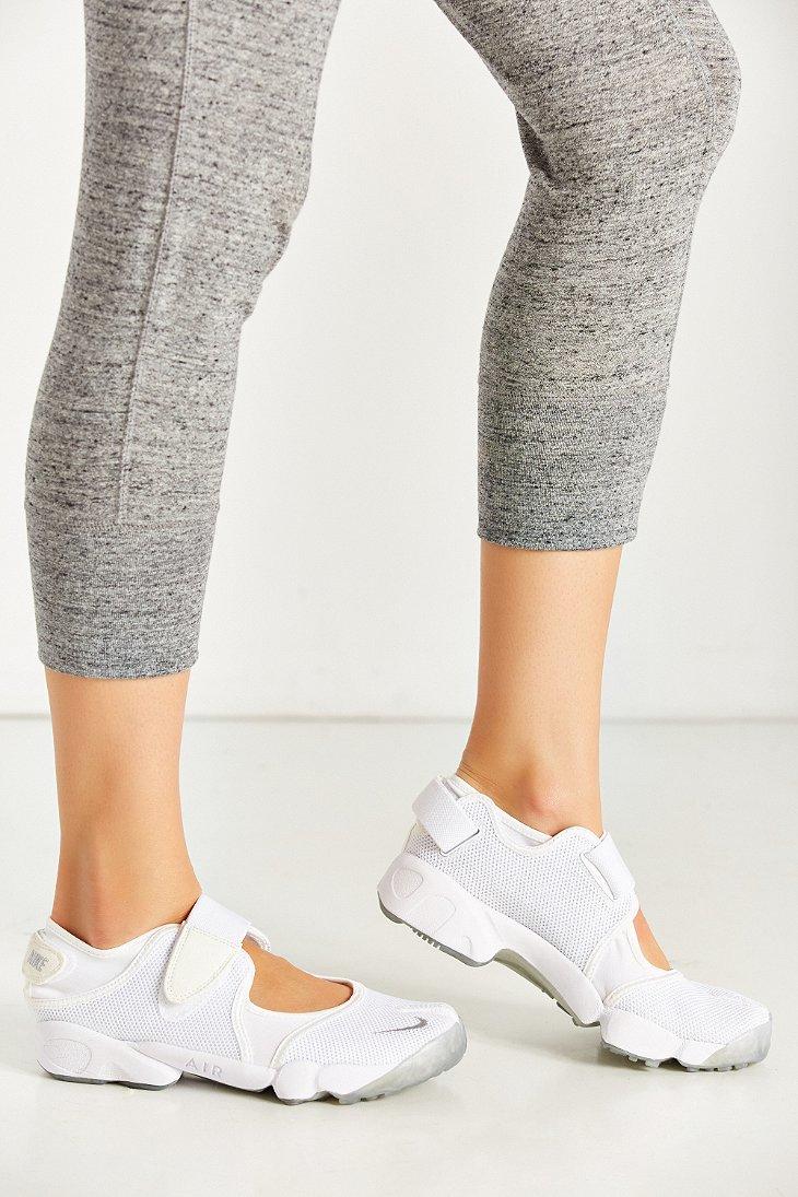 4ef2269376bf1b Lyst - Nike Air Rift Running Sneaker in White