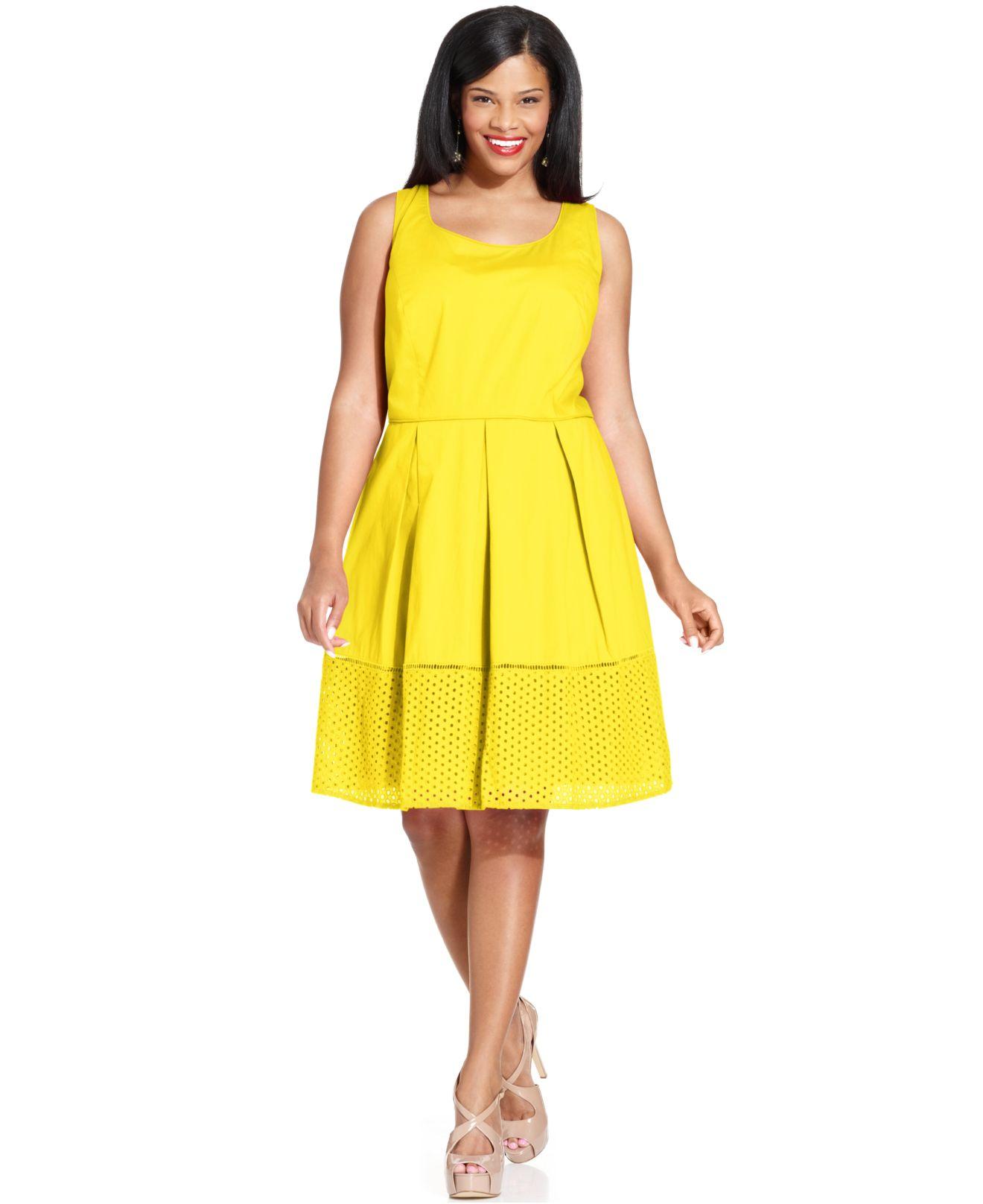 Spense Plus Size Sleeveless Pleated Eyelet-Hem Dress in Yellow - Lyst