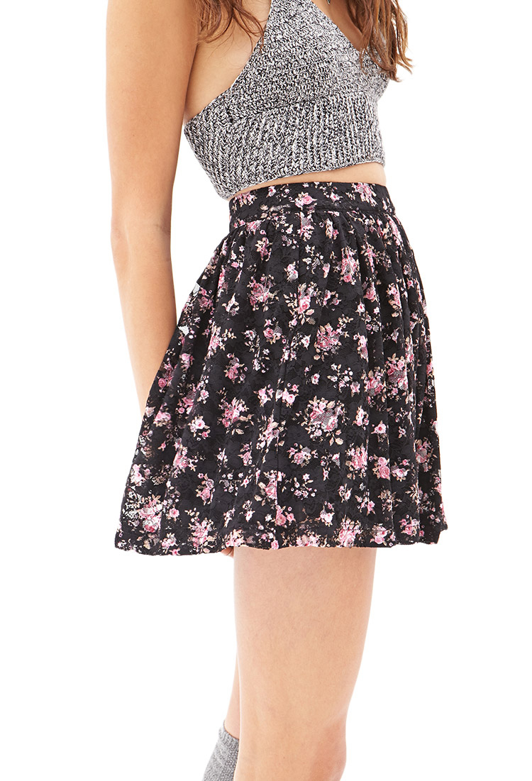 a4c2375e4a77 Forever 21 Floral Lace Mini Skirt - Lyst