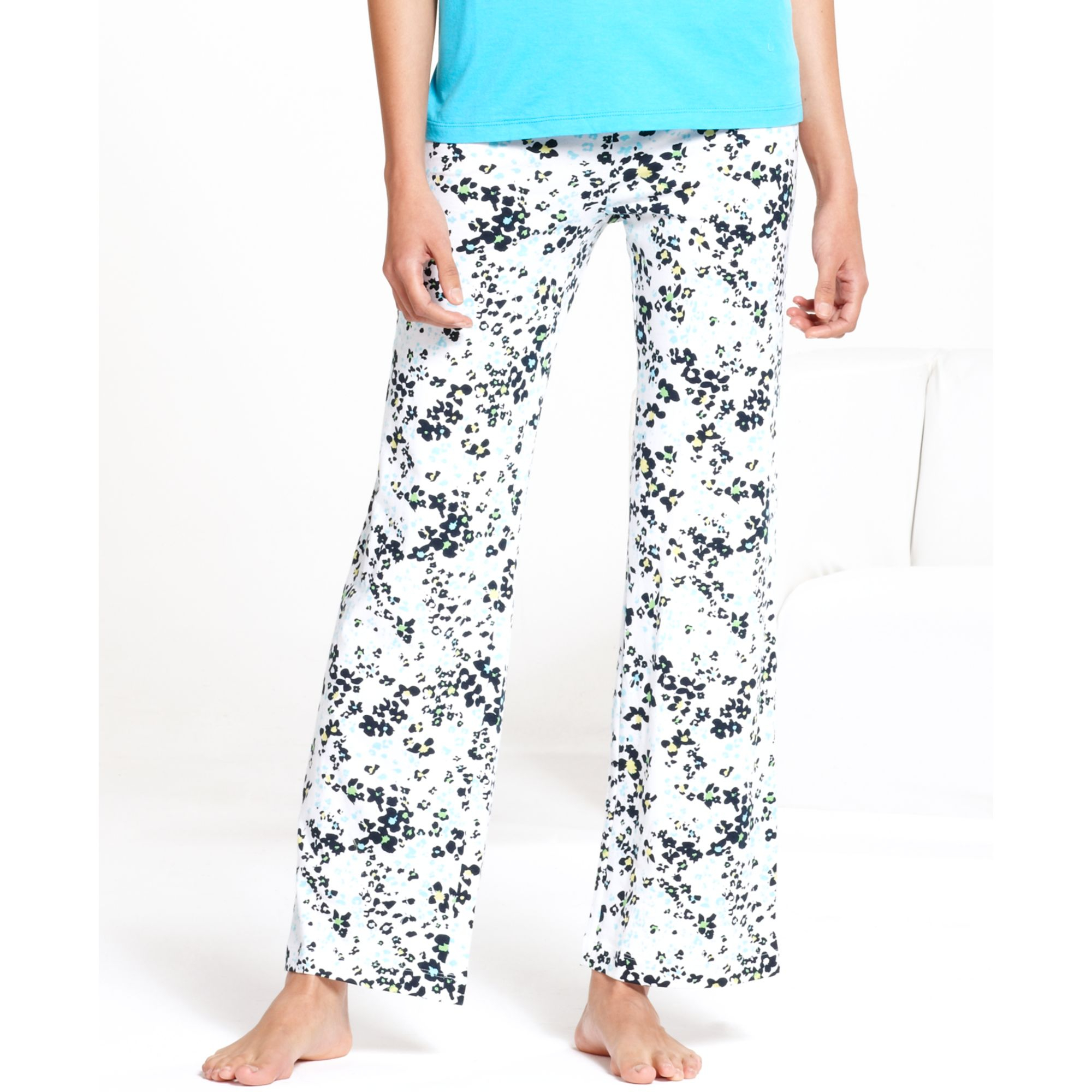 Lyst Hue Flower Patch Slim Fit Pajama Pants In White