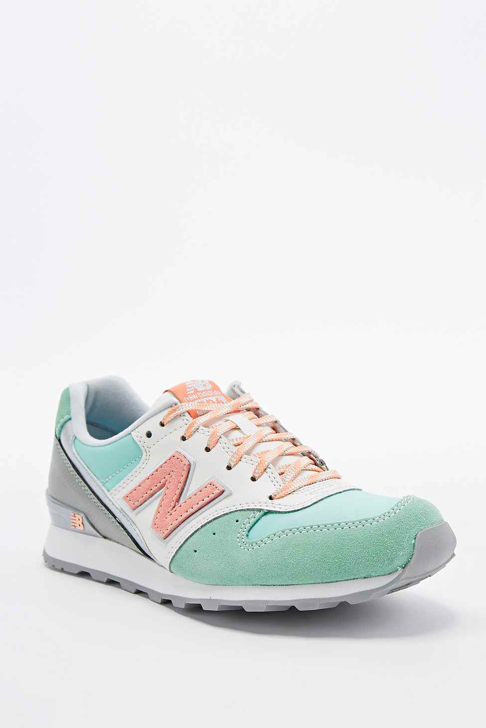 new balance 996 runner trainers in mint pastel in green lyst. Black Bedroom Furniture Sets. Home Design Ideas
