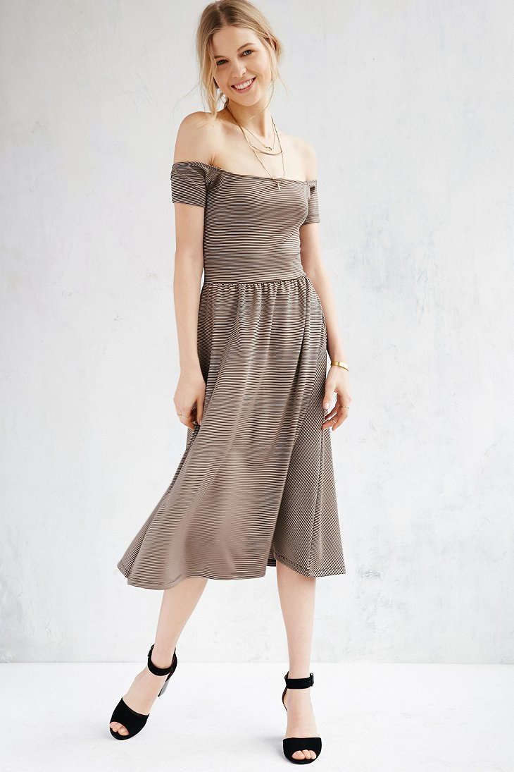bdd58d6a26fc Kimchi Blue Off-the-shoulder Midi Dress - Lyst