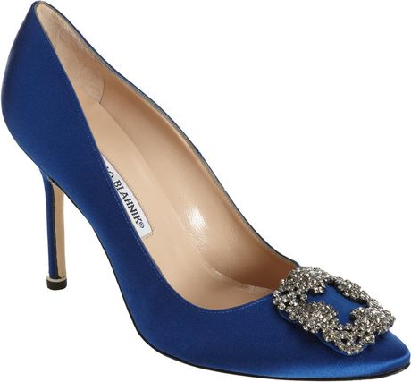 Manolo Blahnik Hangisi Pumps in Blue