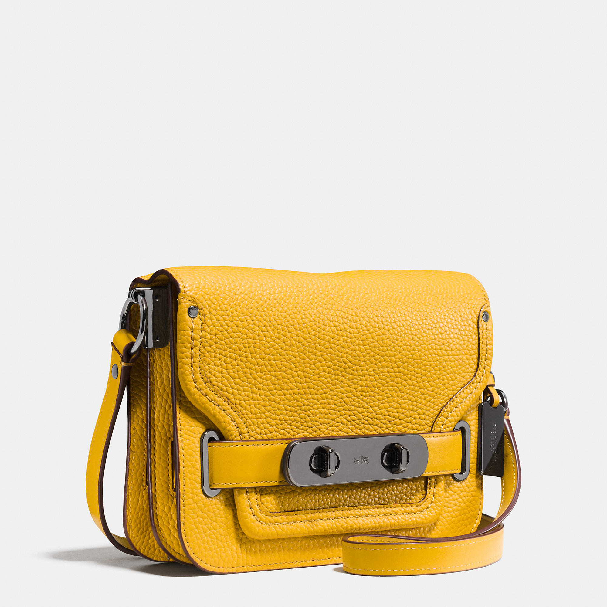 Coach Small Swagger Shoulder Bag In Pebble Leather In