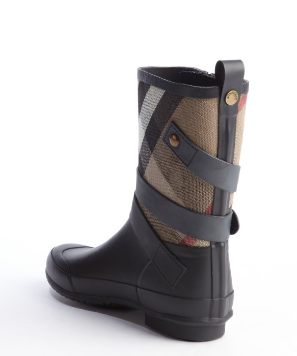 Burberry Navy Rubber and Argyle Canvas Rain Boots in Blue for Men ...