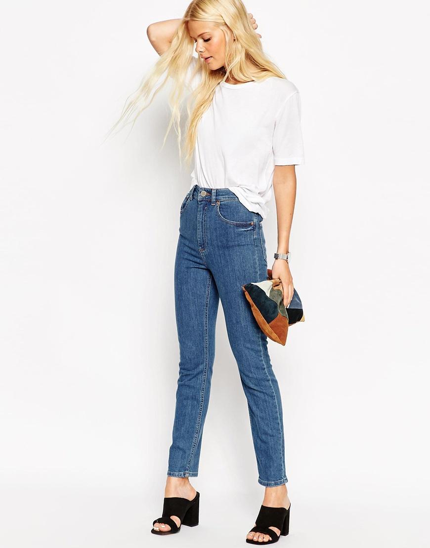 lyst asos farleigh slim mom jeans in casper flat blue in. Black Bedroom Furniture Sets. Home Design Ideas