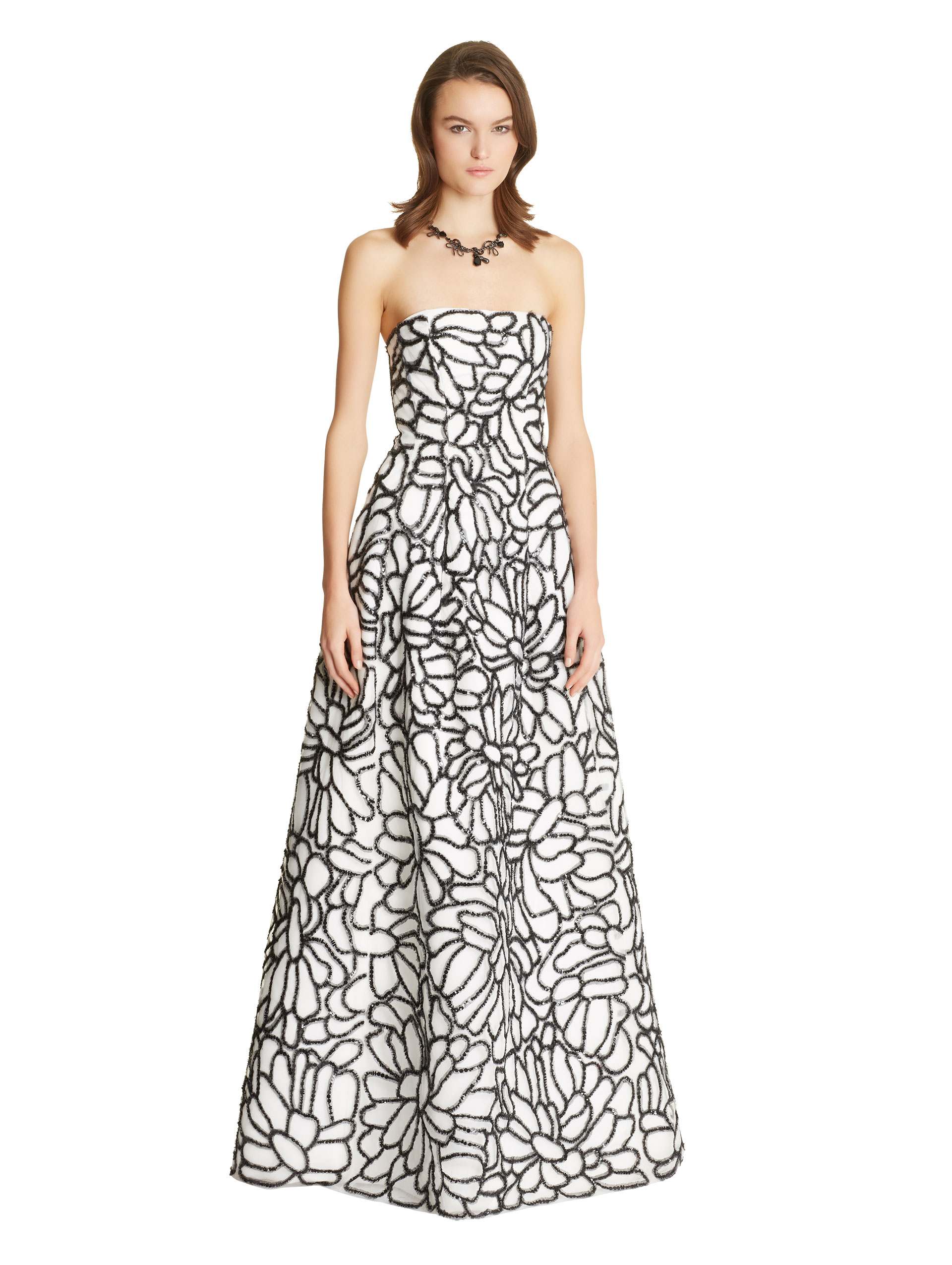 3bb8d61664 Lyst - Oscar de la Renta Floral Embroidered Tulle   Silk Faille Gown