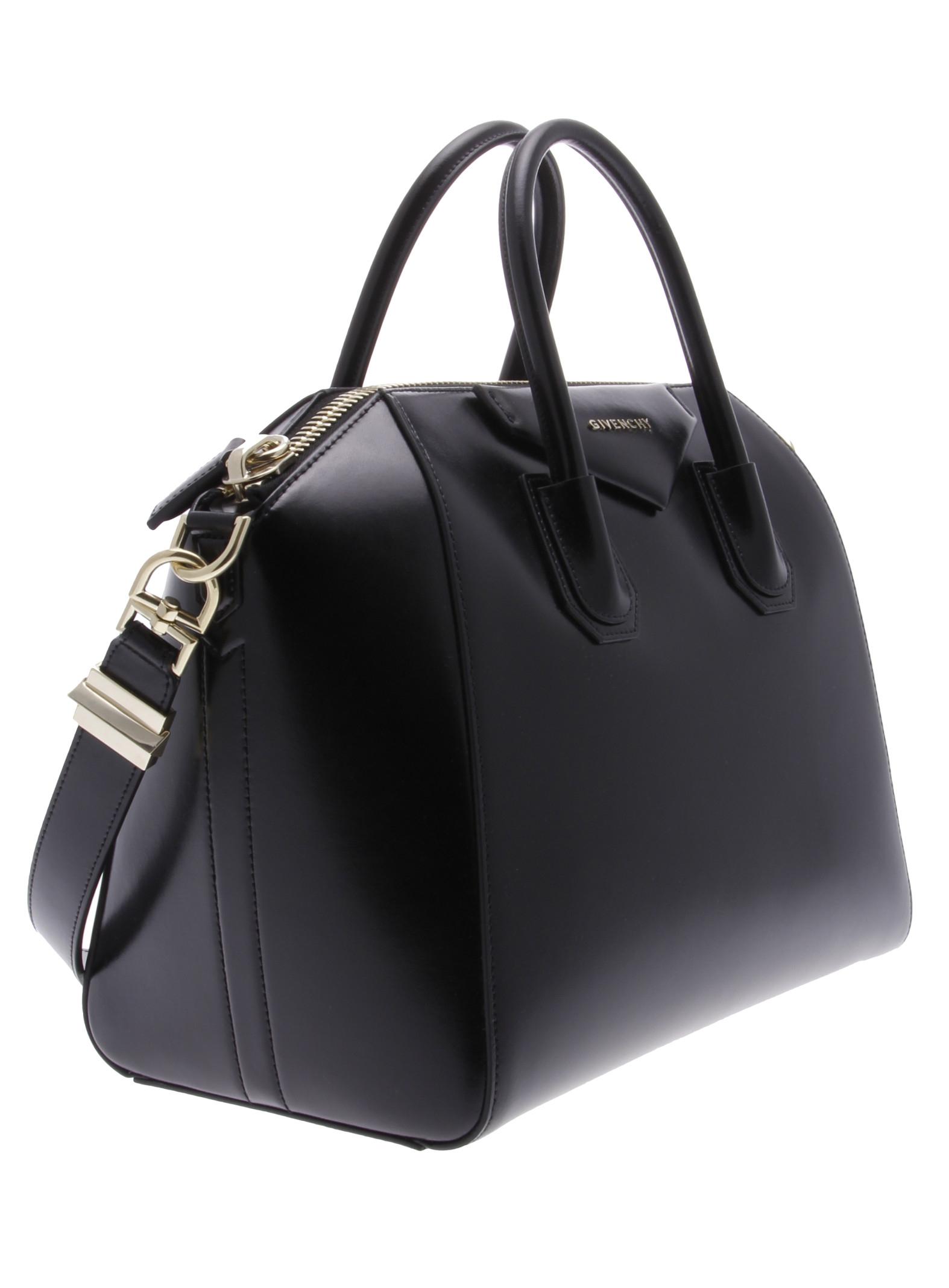 givenchy black borsa in pelle antigona medium lyst. Black Bedroom Furniture Sets. Home Design Ideas