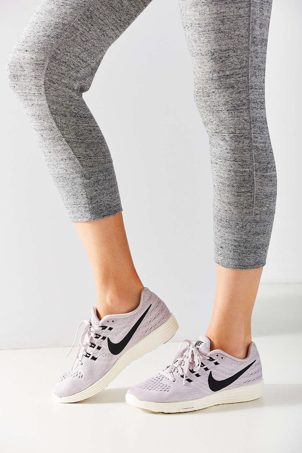 finest selection dba53 e7e74 Nike Lunartempo 2 Sneaker in Pink - Lyst