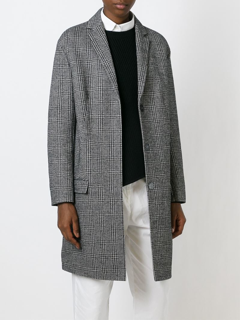 Prince of Wales Checked Wool Blend Coat La Redoute Collections Product details• Length: 94cm• Checked printed design • Button fasteningFabric content and care advice • 40% wool, 5% other fibres, 55% polyester • /5(41).