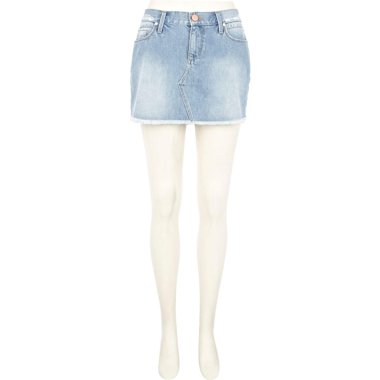 river island light wash frayed denim mini skirt in blue