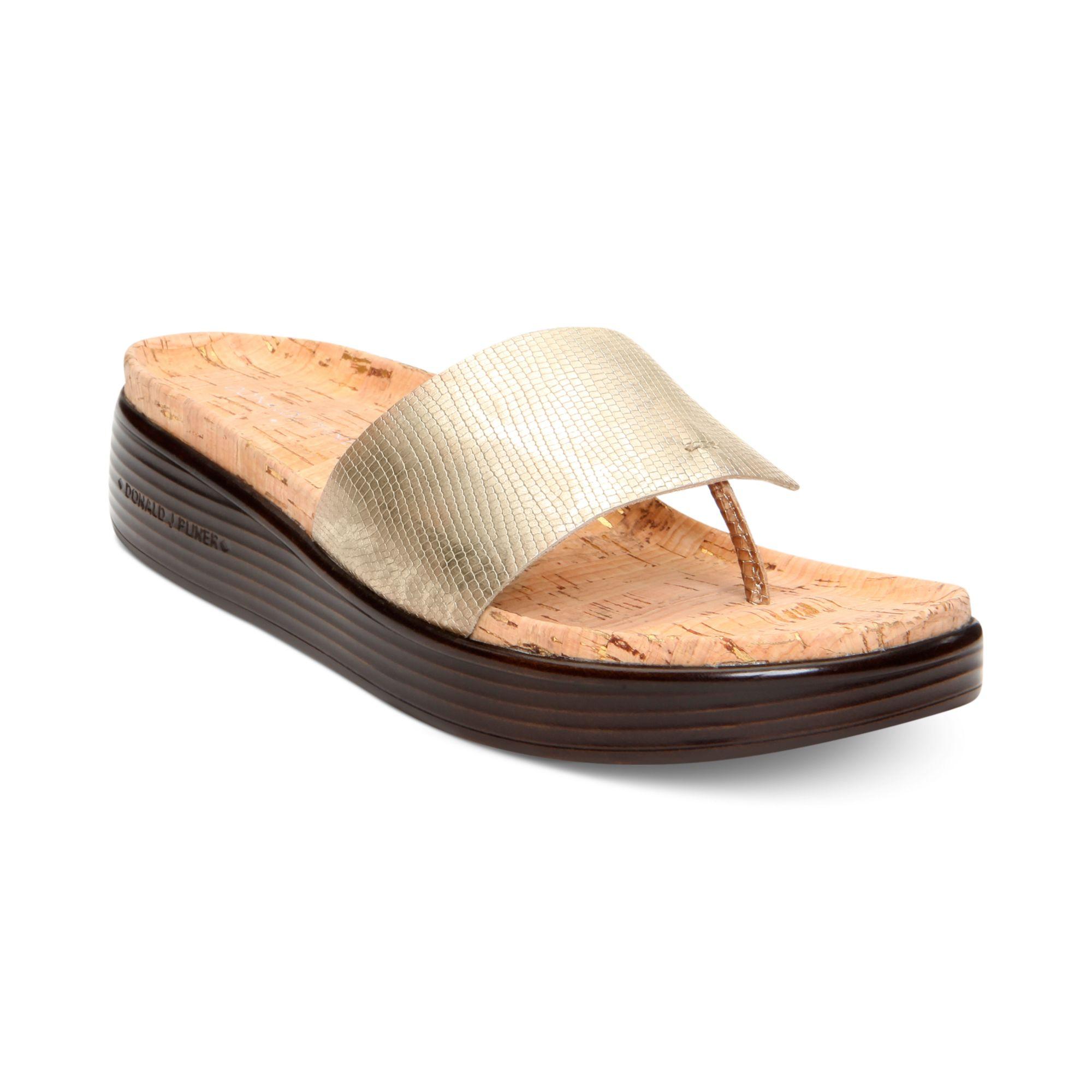 e48692e9b036 Donald J Pliner - Metallic Donald J Pliner Womens Fifi Flatform Thong  Sandals - Lyst