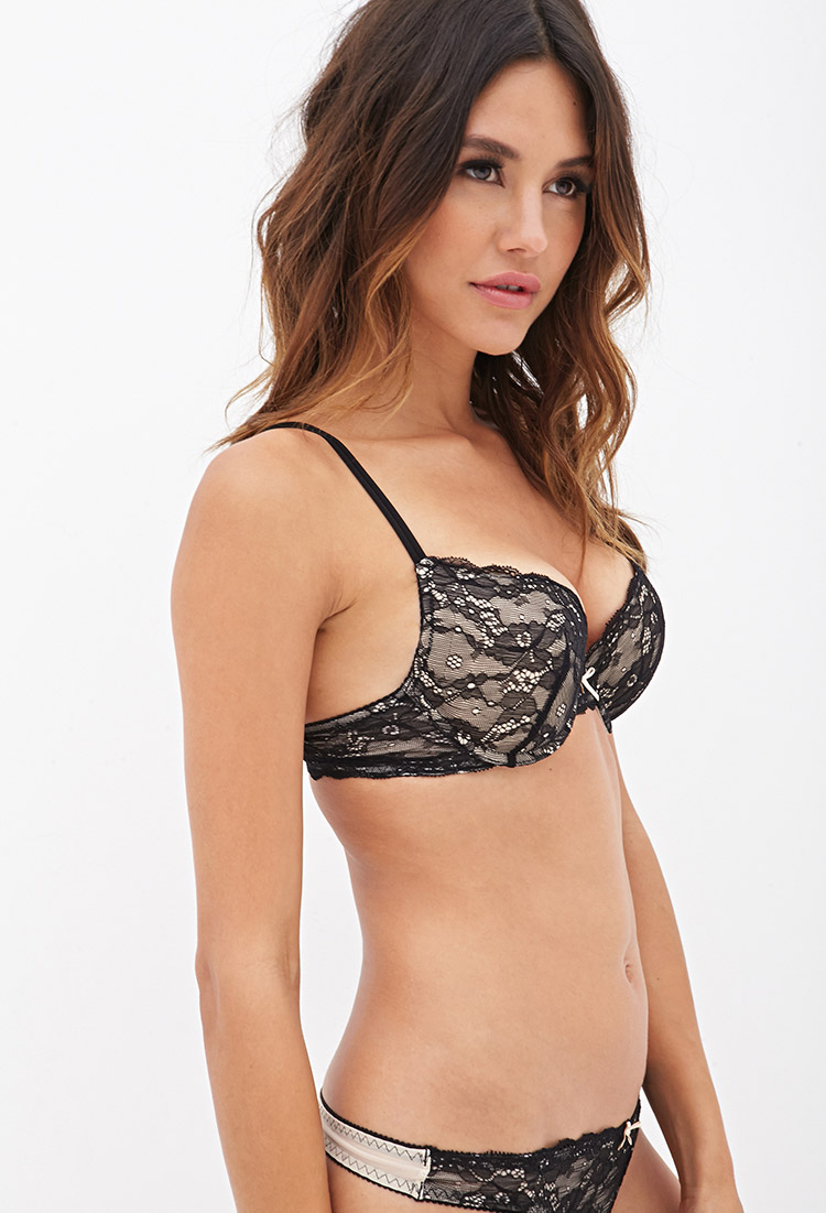 Frederick's of Hollywood offers the best selection of Sexy Push-Up Bras available including Hollywood Exxtreme Cleavage Bras, Hollywood Heart Throb Bras, Knockout Push-Up Bras, Longline Satin Bras, Lace Push-Up Bras, Lace Padded Bras, Lace Longline Bras, Demi Cup Bras, Lace Demi Bras, Longline Push-Up Bras, Boost Bras, Contour Bras and Contour Plunge Bras.
