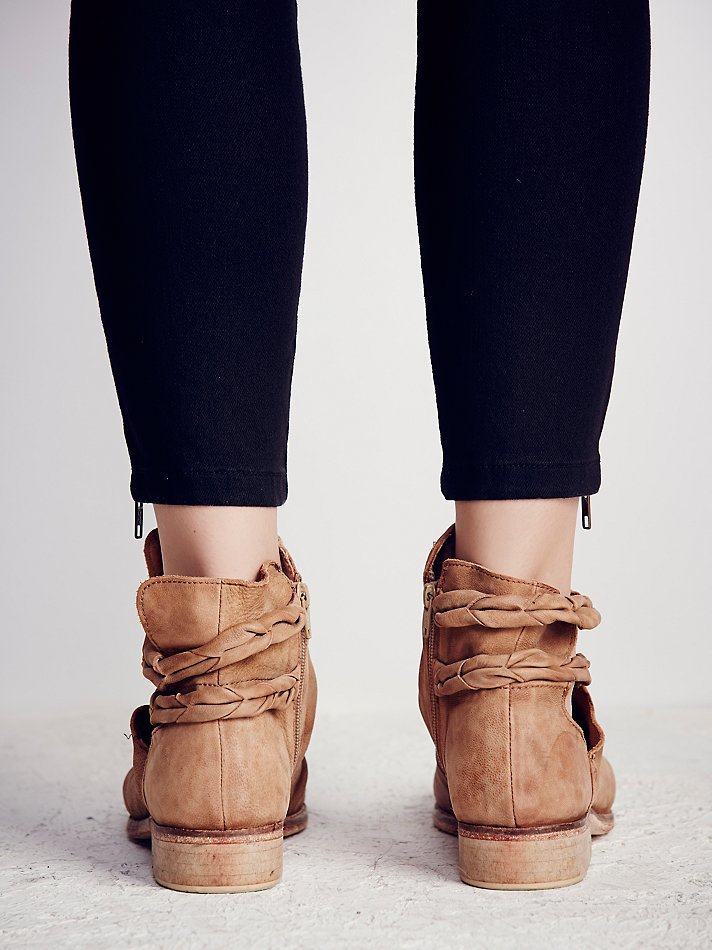 63a37523d Free People Landslide Ankle Boot in Natural - Lyst