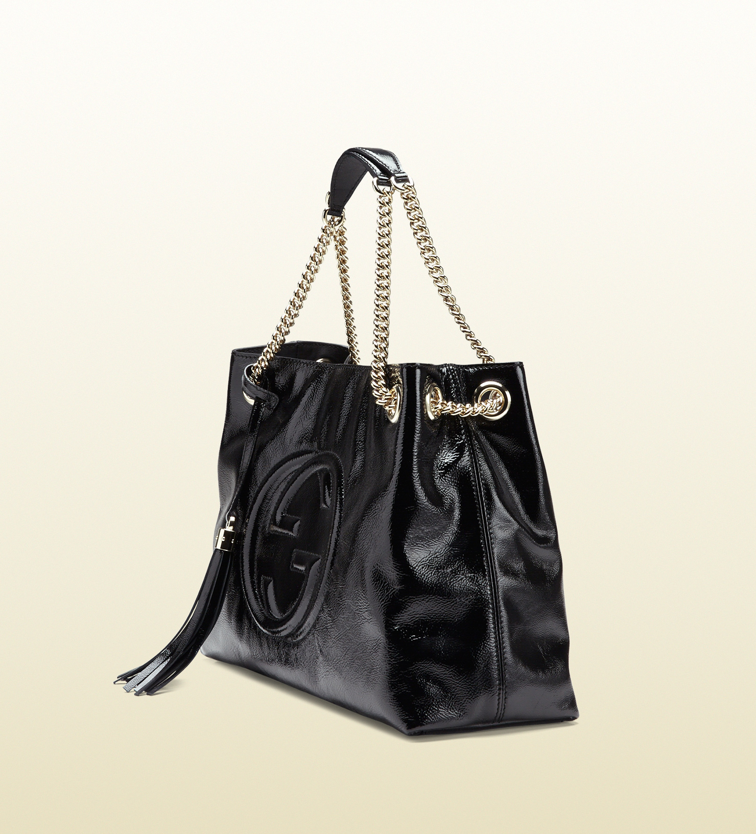 gucci soho soft patent leather shoulder bag in black
