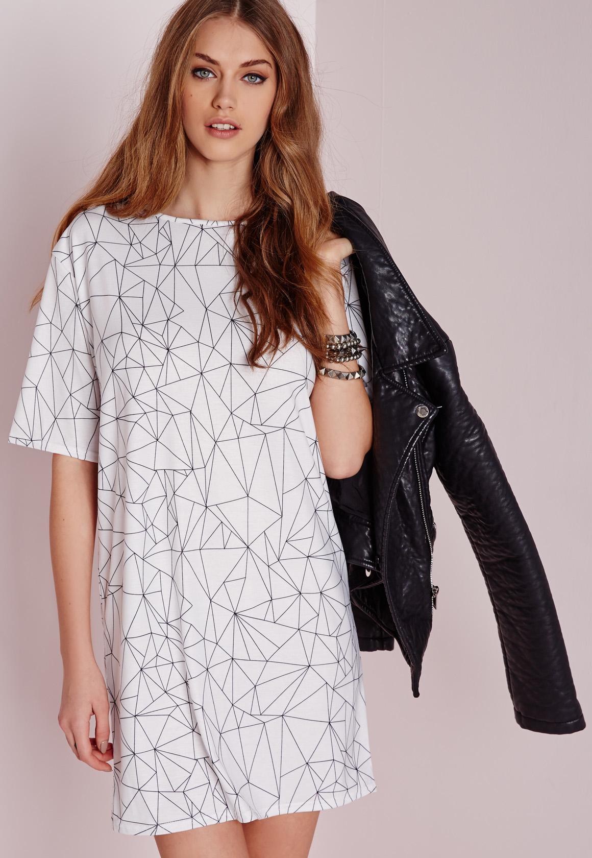 Lyst Missguided Short Sleeve Line Print T Shirt Dress Whiteblack