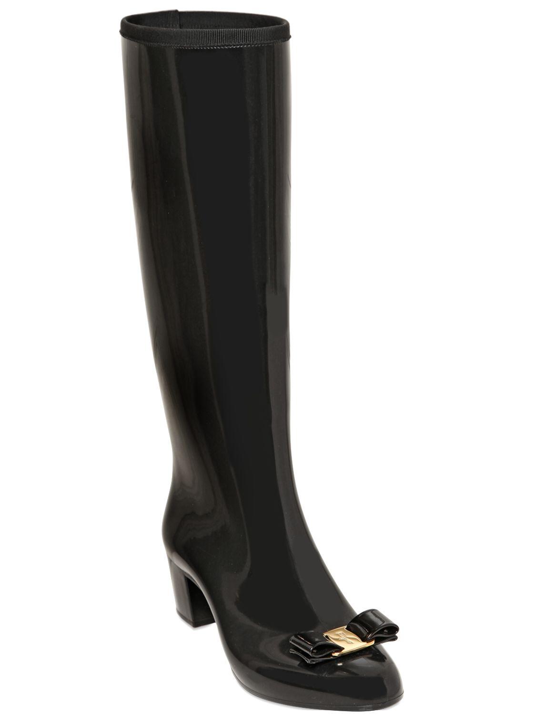 Ferragamo 50mm Niper Pvc Bow Rain Boots in Black | Lyst